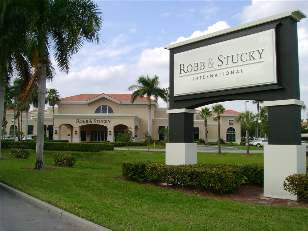 Robb & Stucky, Ft. Myers by Lee Designs
