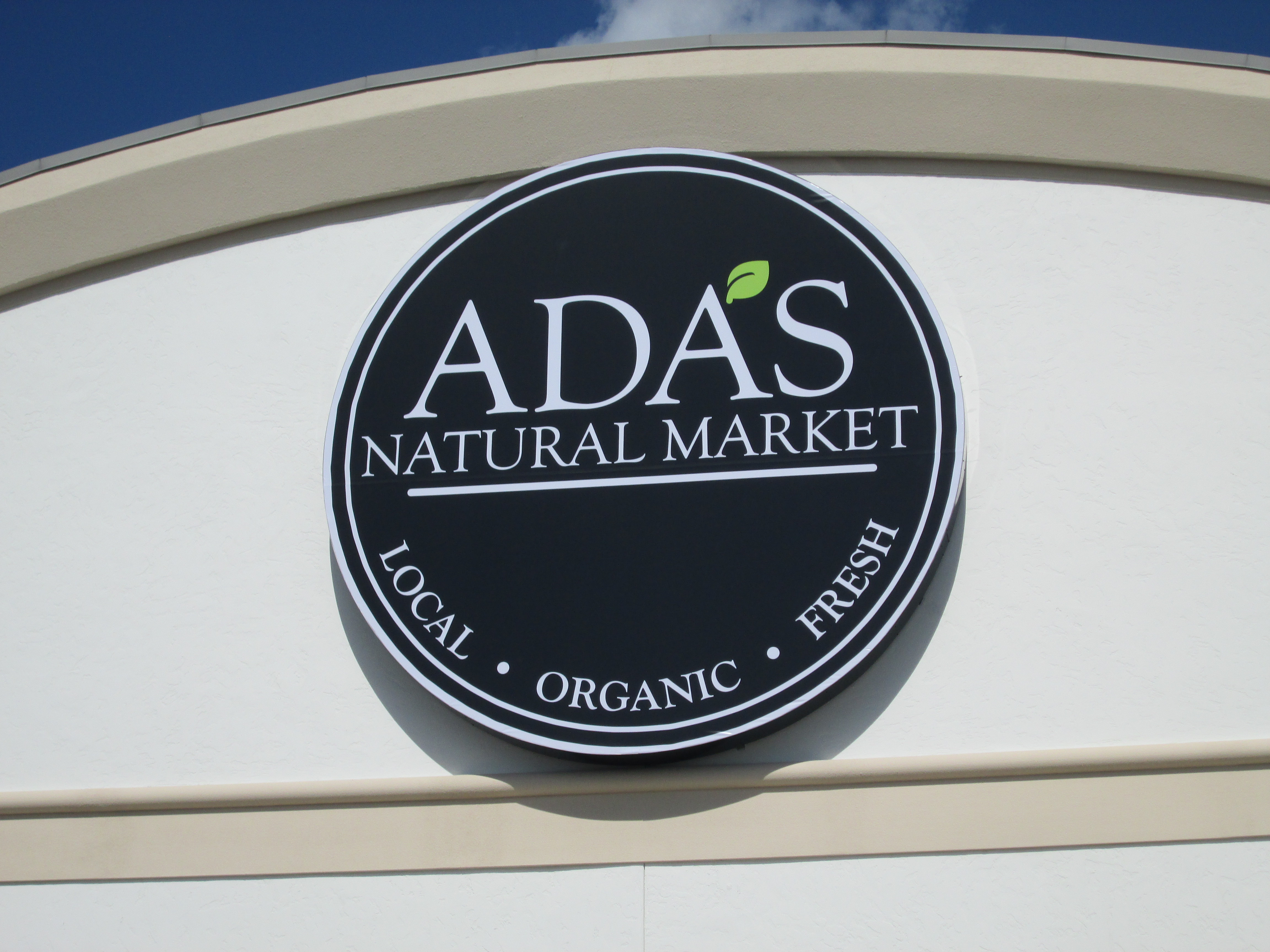 Ada's, Ft. Myers, FL by Lee Designs