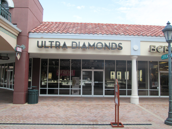 Lee Designs Installation of Ultra Diamonds for Kieffer & Co. 2 resized 600