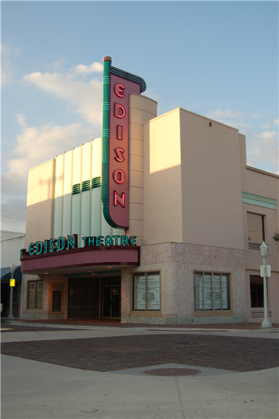 Edison Theater, Ft. Myers by Lee Designs