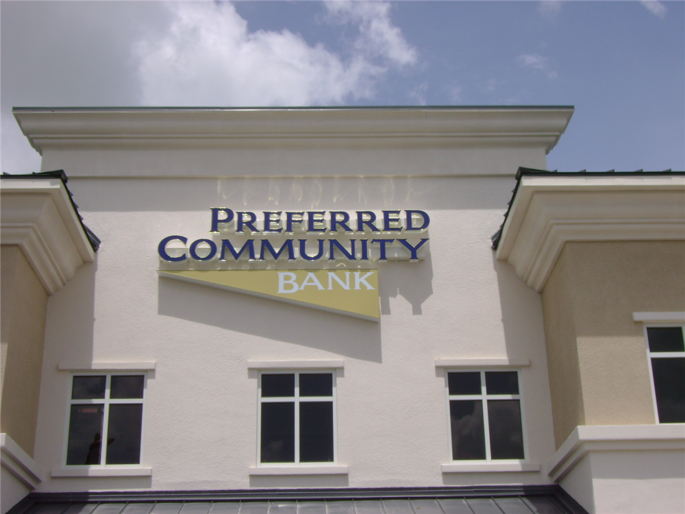 Preferred Community Bank, Ft. Myers by Lee Designs