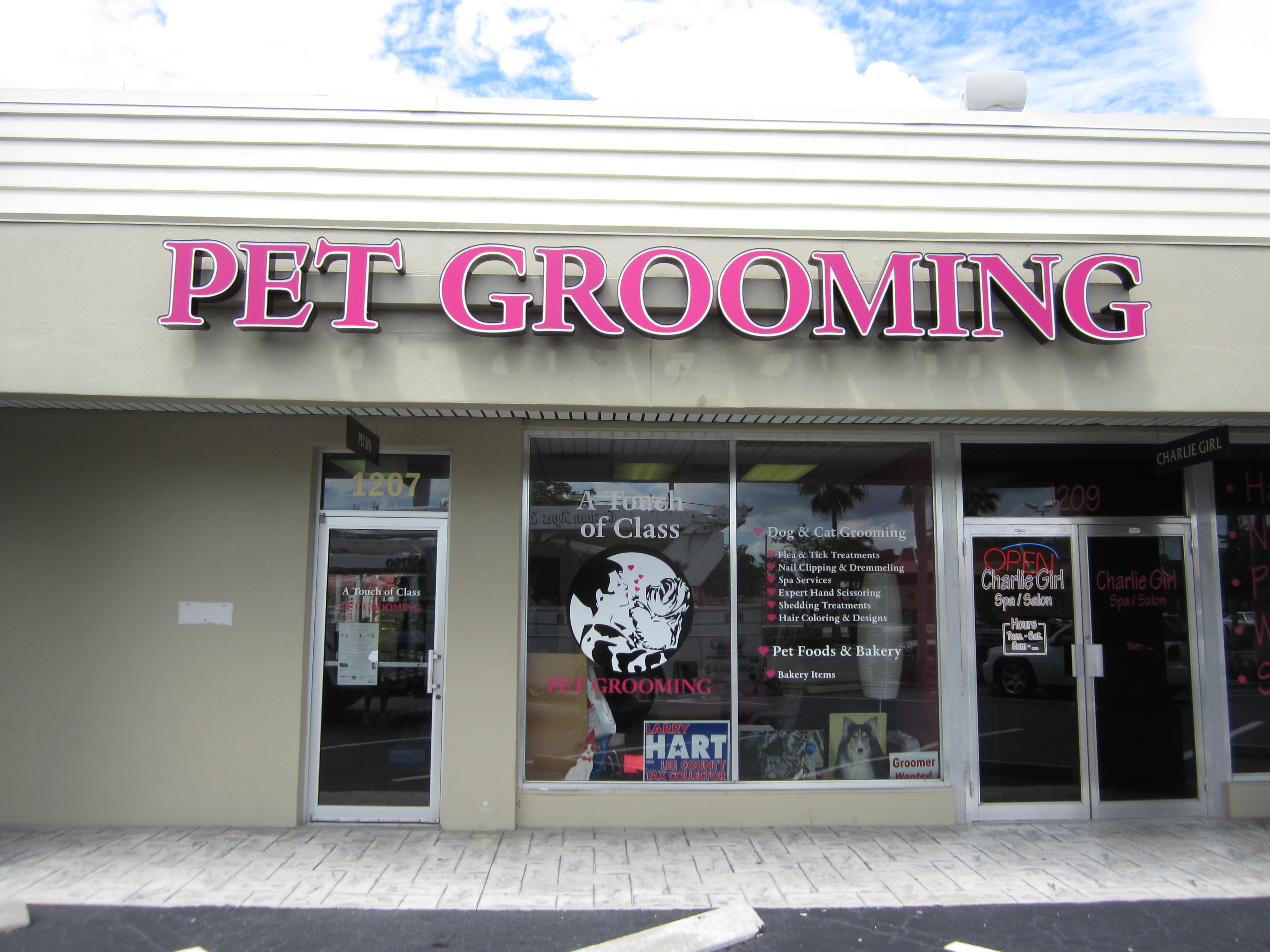 A Touch of Class Pet Grooming, Cape Coral by Lee Designs